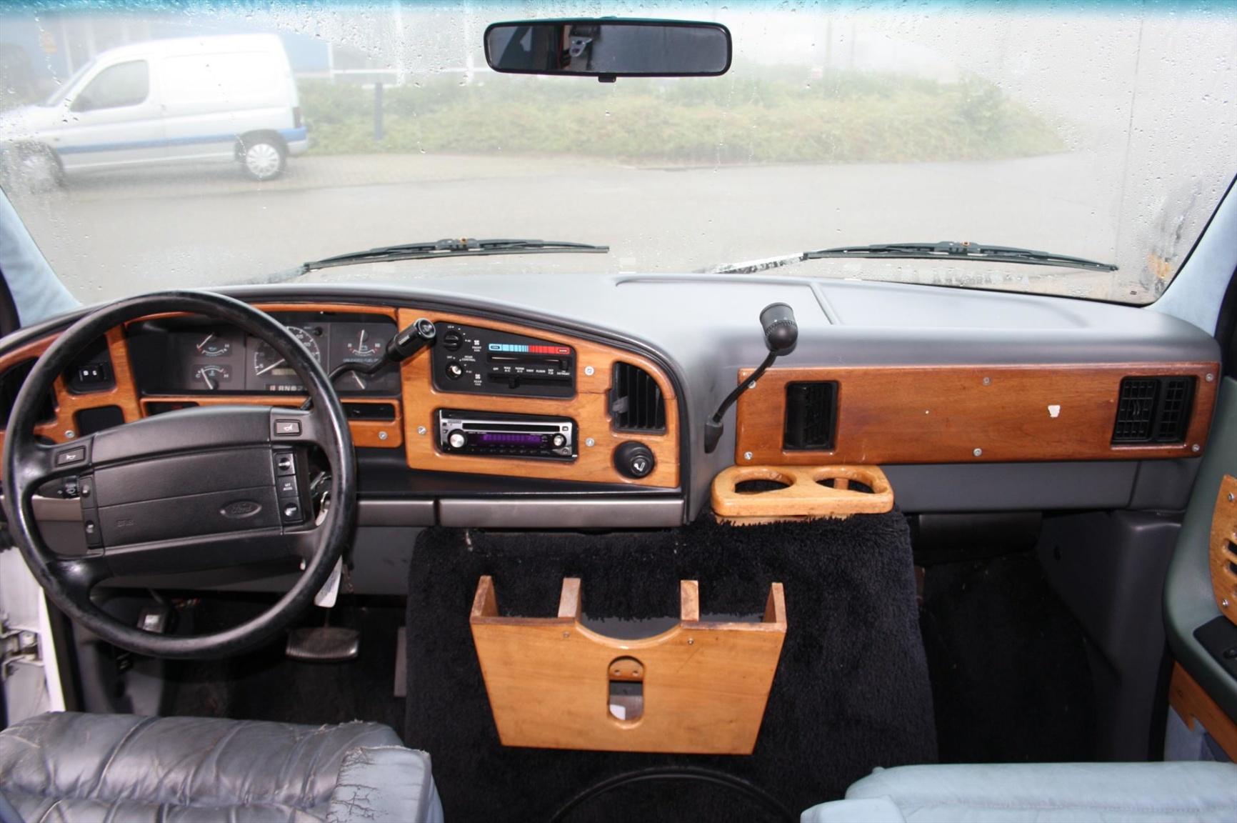 Ford-Camper-21