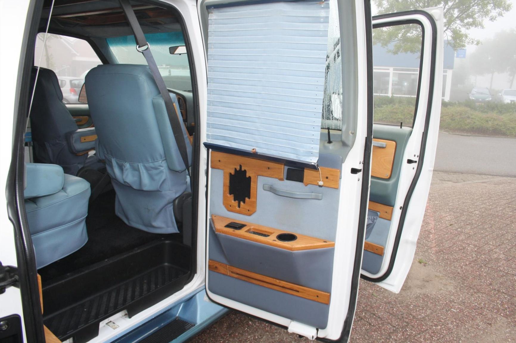 Ford-Camper-8